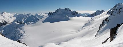 Spearhead Traverz je skialpinistická túra, na ktorú sa nezabúda.